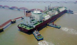 จีนสร้างเรือบรรทุก LNG ใหญ่สุดในโลก รับกระแสความต้องการพลังงานสะอาด